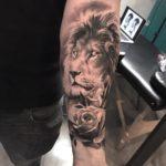 Tatuaggio leone Milano