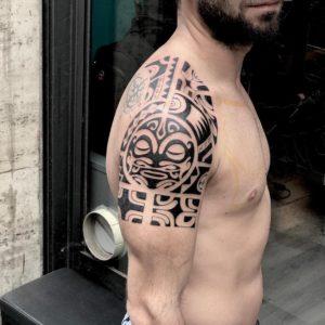Tatuaggi maori braccio Milano