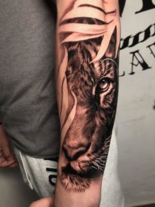 Tatuaggi uomo braccio Milano