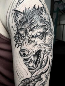 Tatuaggio lupo Milano