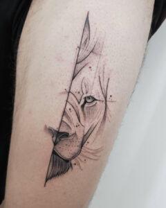 Dennis - Tattoo Artist